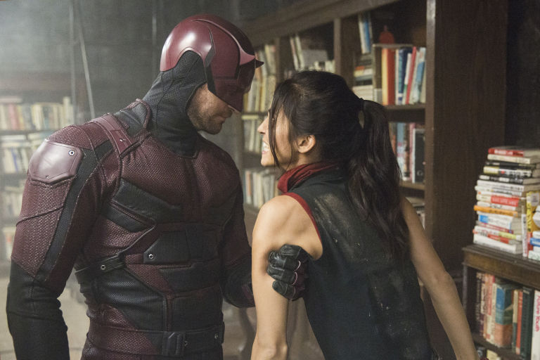 gallery-1471360211-daredevil-and-elektra.jpeg